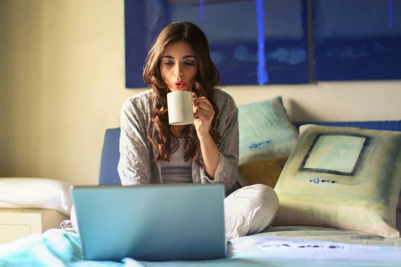 Transitioning from Traditional Office Work to Online Freelancing